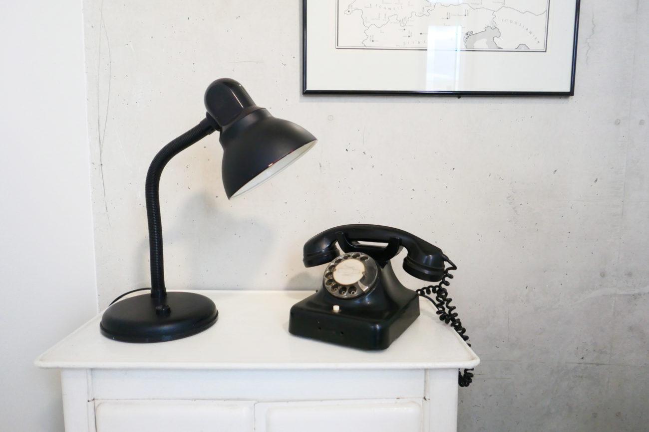 Krankikom Telefonzelle mit Telefon Detail